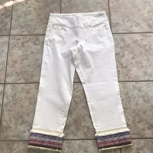 Jag jeans white ankle detail size 8